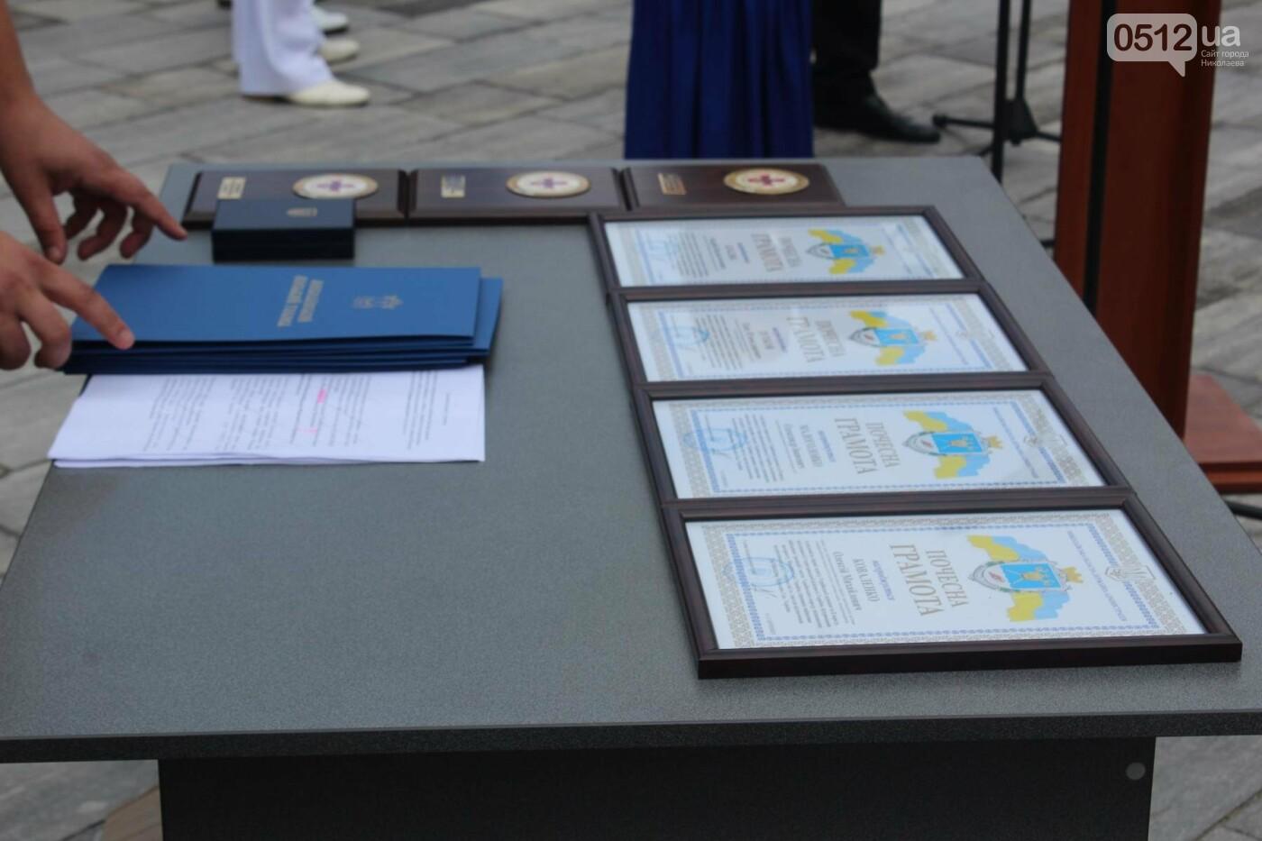 Полевая кухня, марш военных и выставка техники: как в Николаеве отмечали День ВМС Украины, фото-4