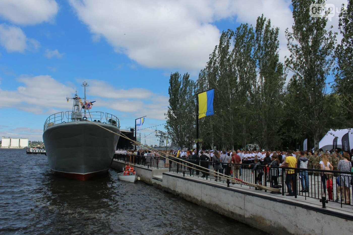 Полевая кухня, марш военных и выставка техники: как в Николаеве отмечали День ВМС Украины, фото-27