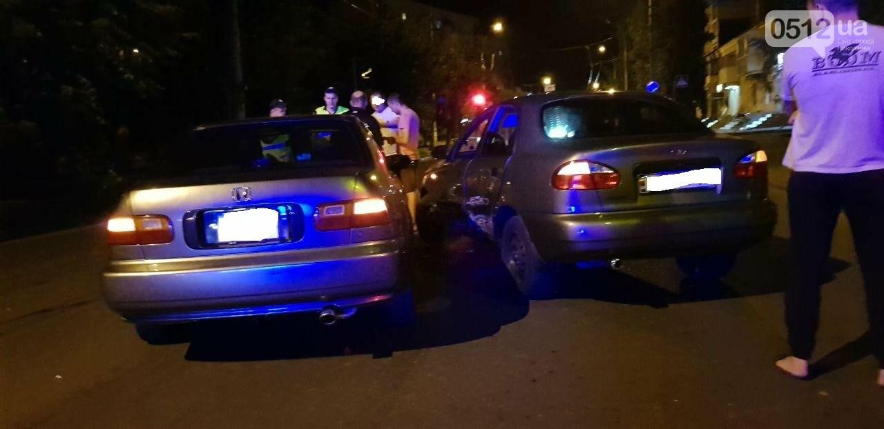 В Николаеве столкнулись две легковушки, - ФОТО, фото-5