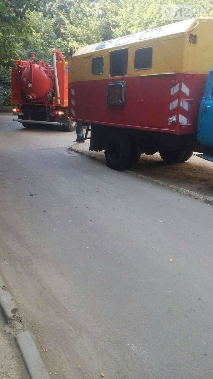 В Николаеве с начала недели канализация топит многоквартирные дома, - ФОТО, фото-1