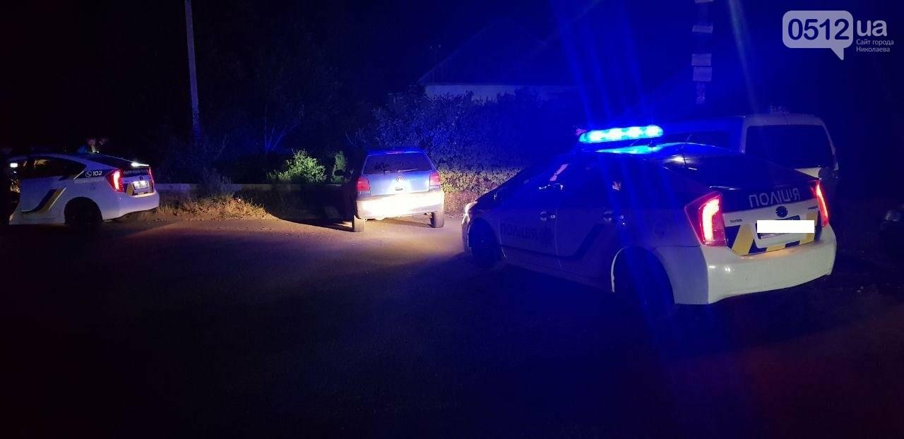 В Николаеве водитель пытался скрыться от полиции, но не справился с управлением, - ФОТО, ВИДЕО , фото-4