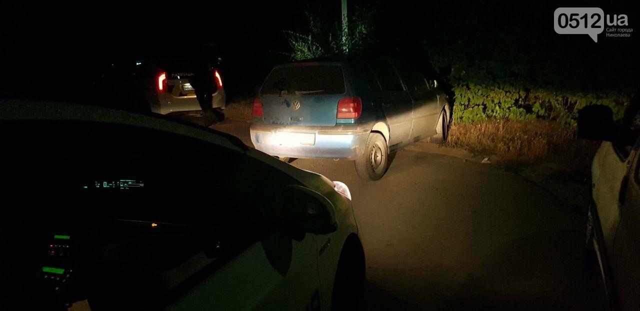 В Николаеве водитель пытался скрыться от полиции, но не справился с управлением, - ФОТО, ВИДЕО , фото-1