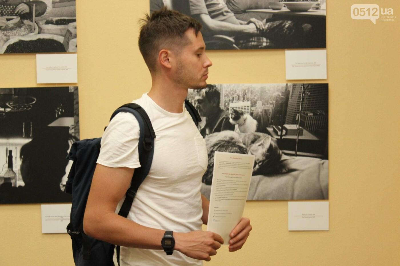 В Николаеве прошла фото-выставка людей, которые борются за жизнь, - ФОТО, фото-11