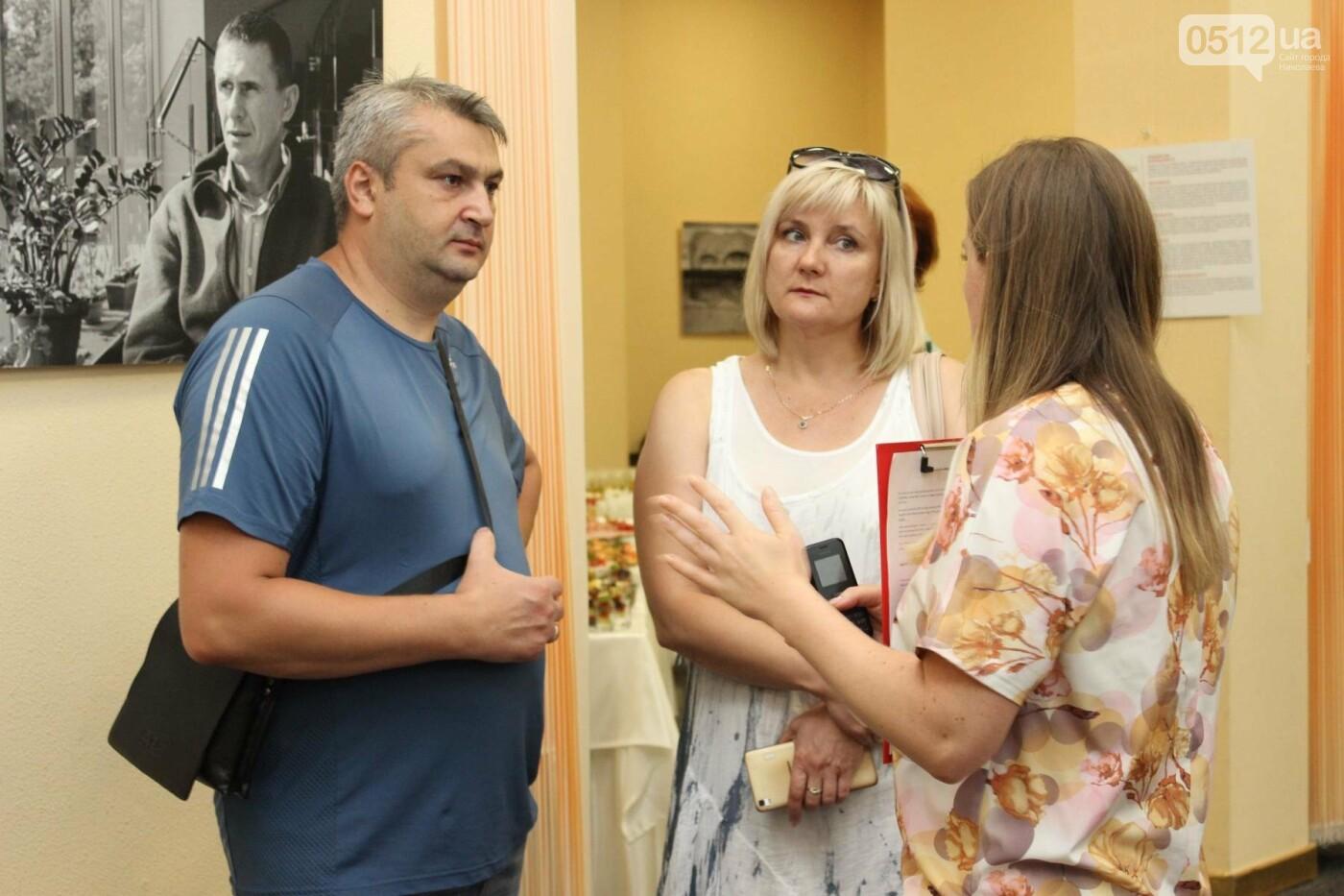 В Николаеве прошла фото-выставка людей, которые борются за жизнь, - ФОТО, фото-4