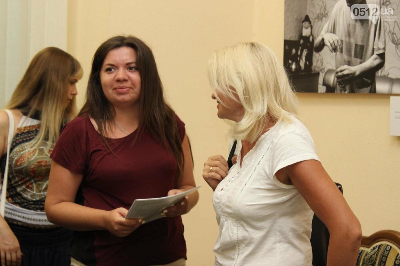 В Николаеве прошла фото-выставка людей, которые борются за жизнь, - ФОТО, фото-10