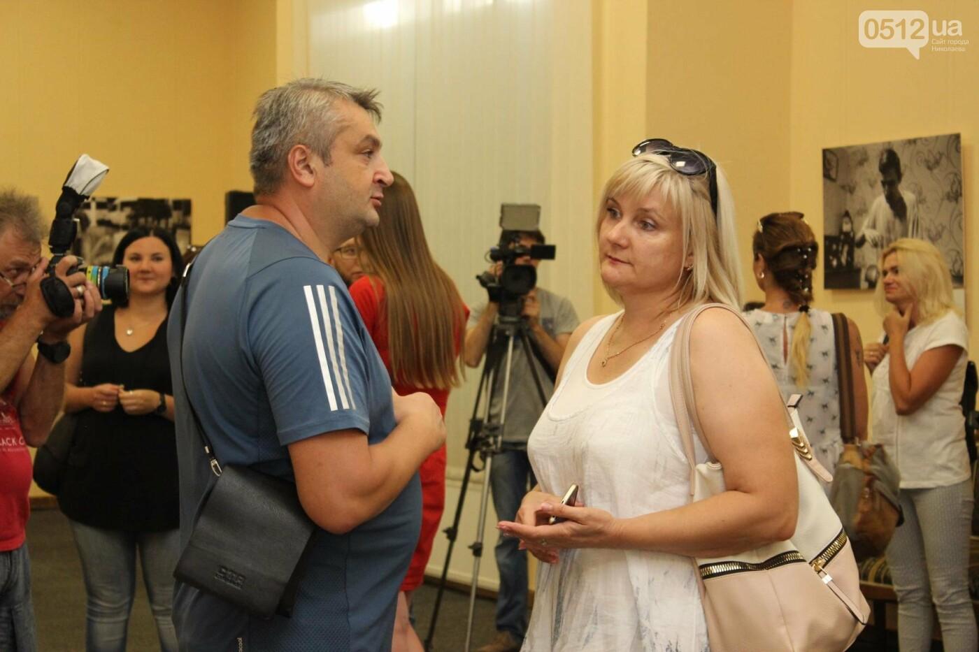 В Николаеве прошла фото-выставка людей, которые борются за жизнь, - ФОТО, фото-9
