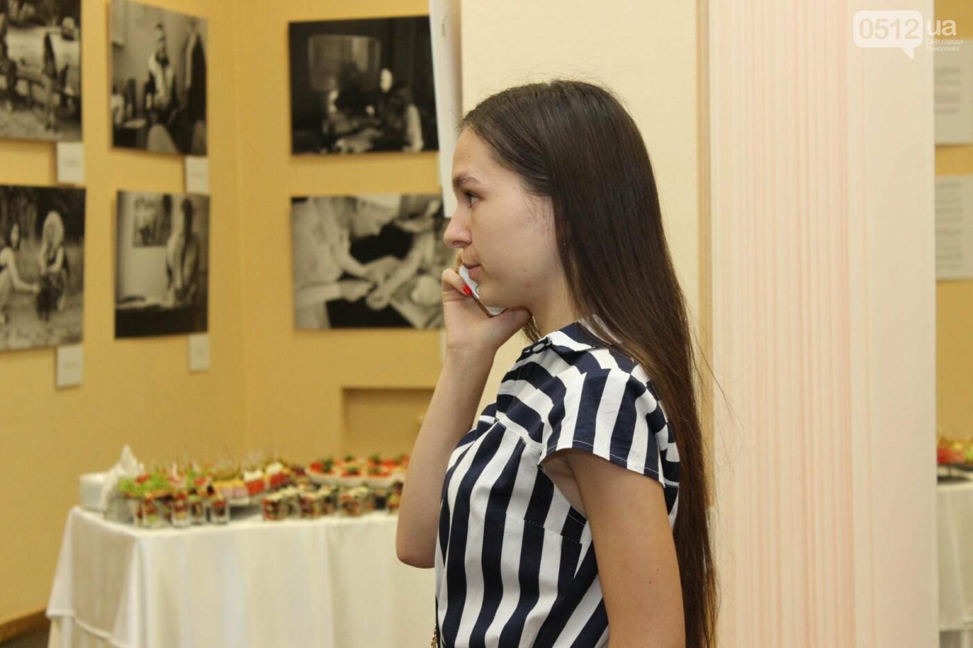 В Николаеве прошла фото-выставка людей, которые борются за жизнь, - ФОТО, фото-7
