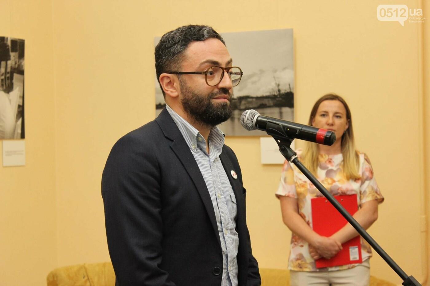 В Николаеве прошла фото-выставка людей, которые борются за жизнь, - ФОТО, фото-6