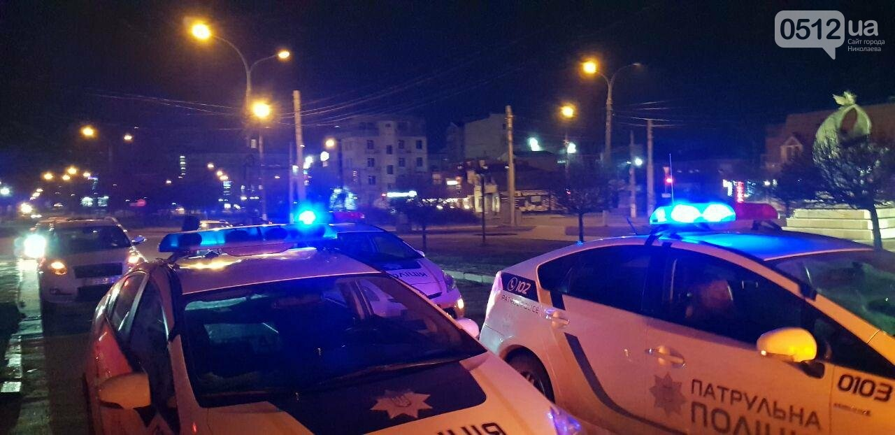 Ночью в Николаеве у ночного клуба развязалась драка: пришлось вмешаться полиции, - ФОТО, ВИДЕО, фото-4