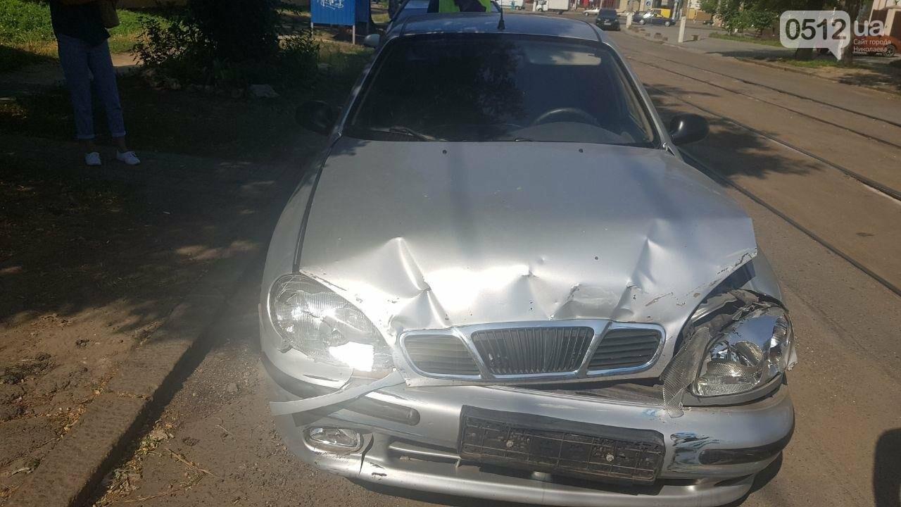 В центре Николаева столкнулись два автомобиля - образовалась огромная пробка, - ФОТО, фото-4