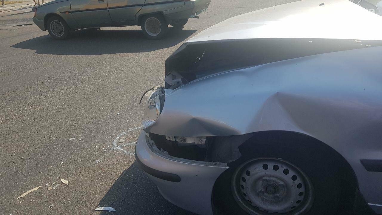 В центре Николаева столкнулись два автомобиля - образовалась огромная пробка, - ФОТО, фото-8