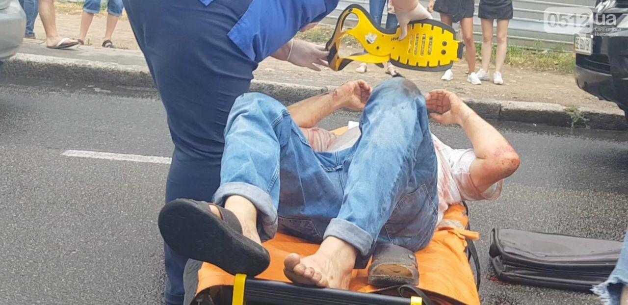В центре Николаева Chevrolet сбил пешехода - пострадавшего госпитализировали, - ФОТО, ВИДЕО, фото-9