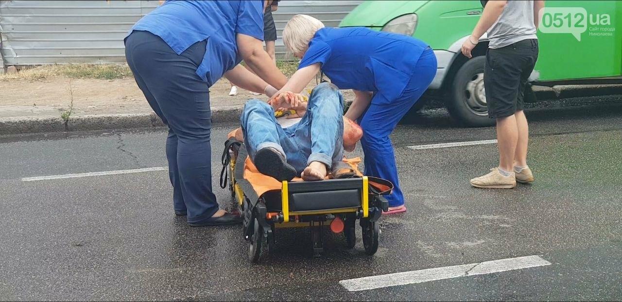 В центре Николаева Chevrolet сбил пешехода - пострадавшего госпитализировали, - ФОТО, ВИДЕО, фото-8