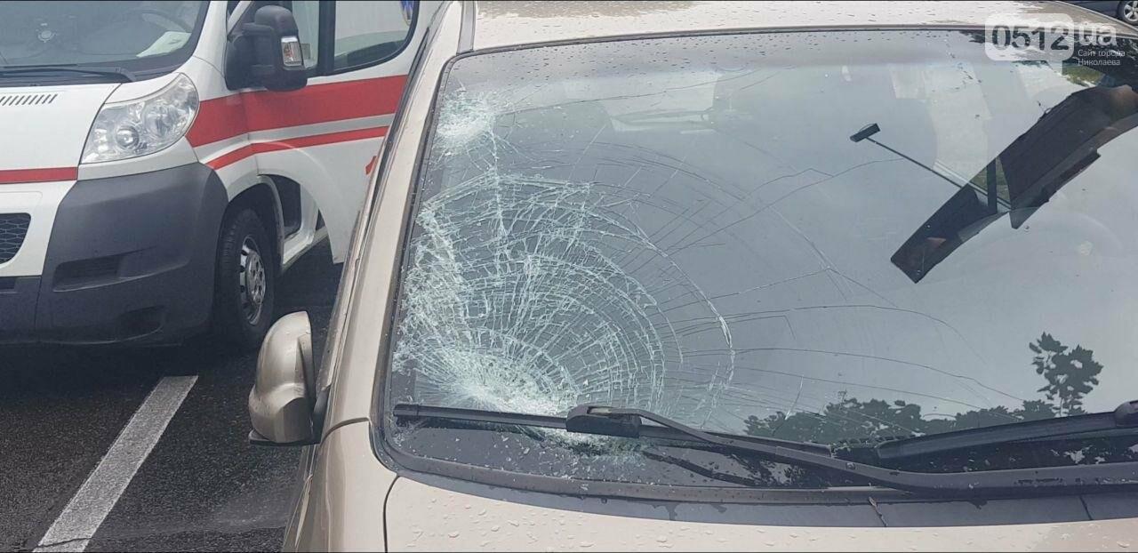 В центре Николаева Chevrolet сбил пешехода - пострадавшего госпитализировали, - ФОТО, ВИДЕО, фото-4
