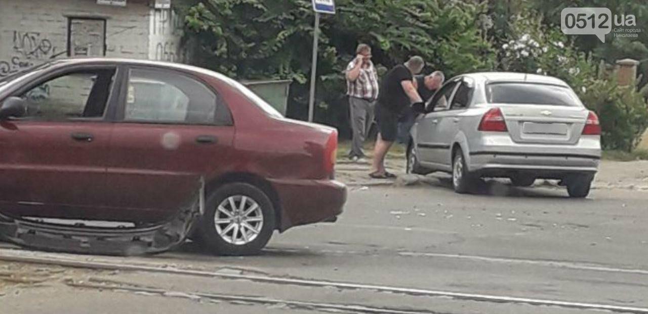 "В Николаеве на перекрестке ""встретились"" Daewoo и Chevrolet, - ФОТО, фото-2"