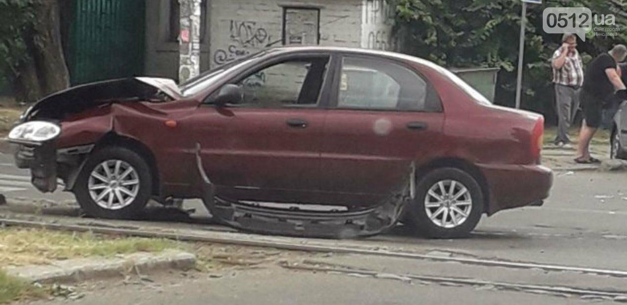 "В Николаеве на перекрестке ""встретились"" Daewoo и Chevrolet, - ФОТО, фото-1"