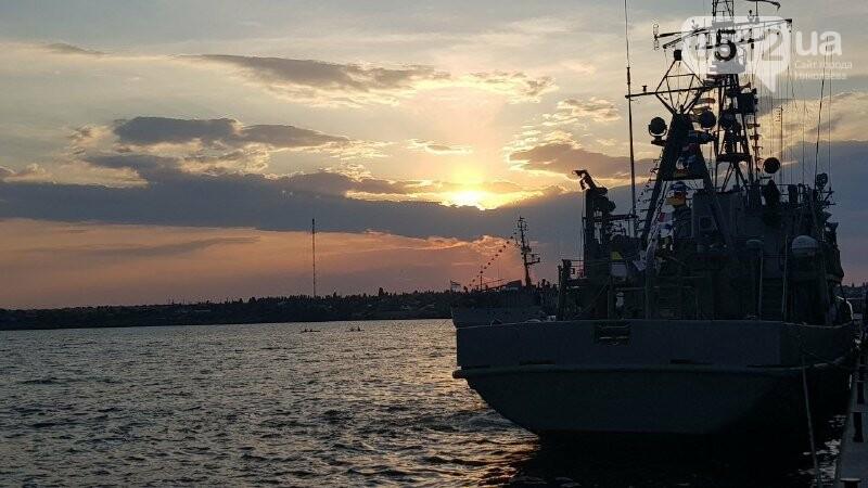 В Николаеве громко отметили день ВМС Украины, - ФОТО, ВИДЕО, фото-11