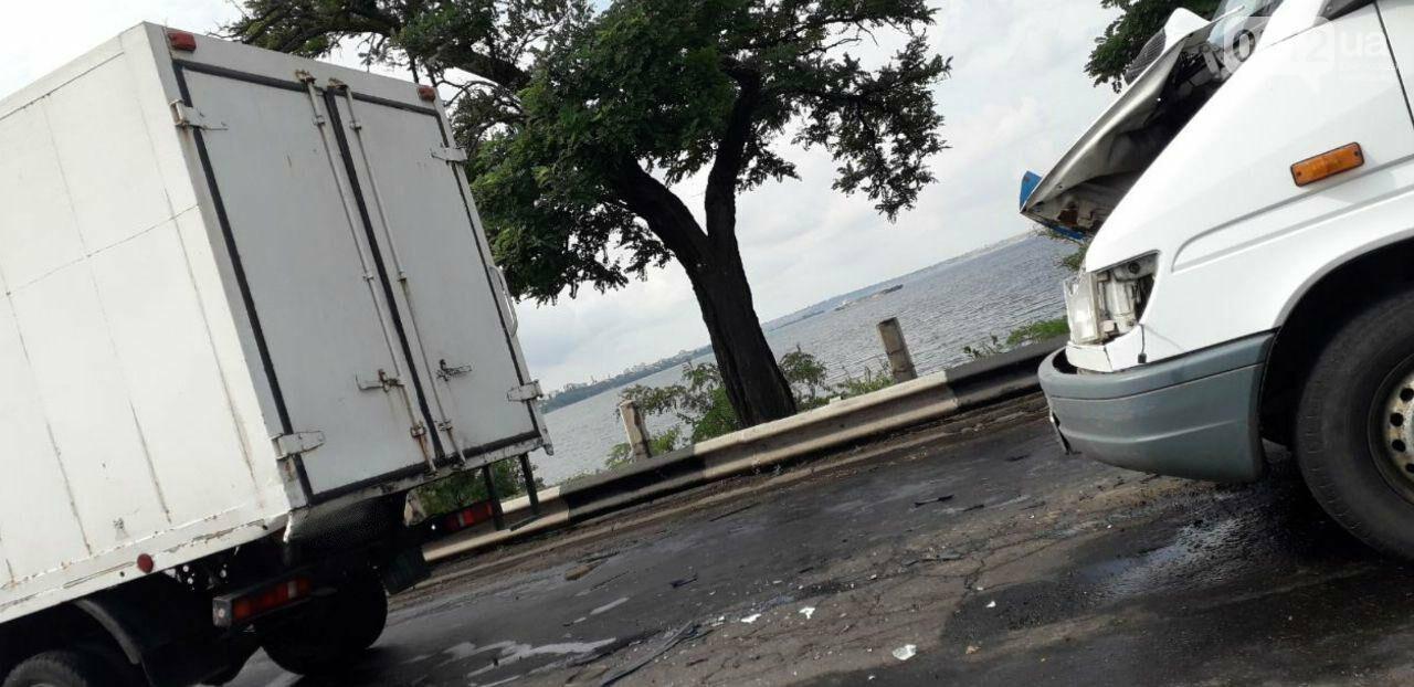 На Варваровском мосту произошло два ДТП, - ФОТО, фото-5