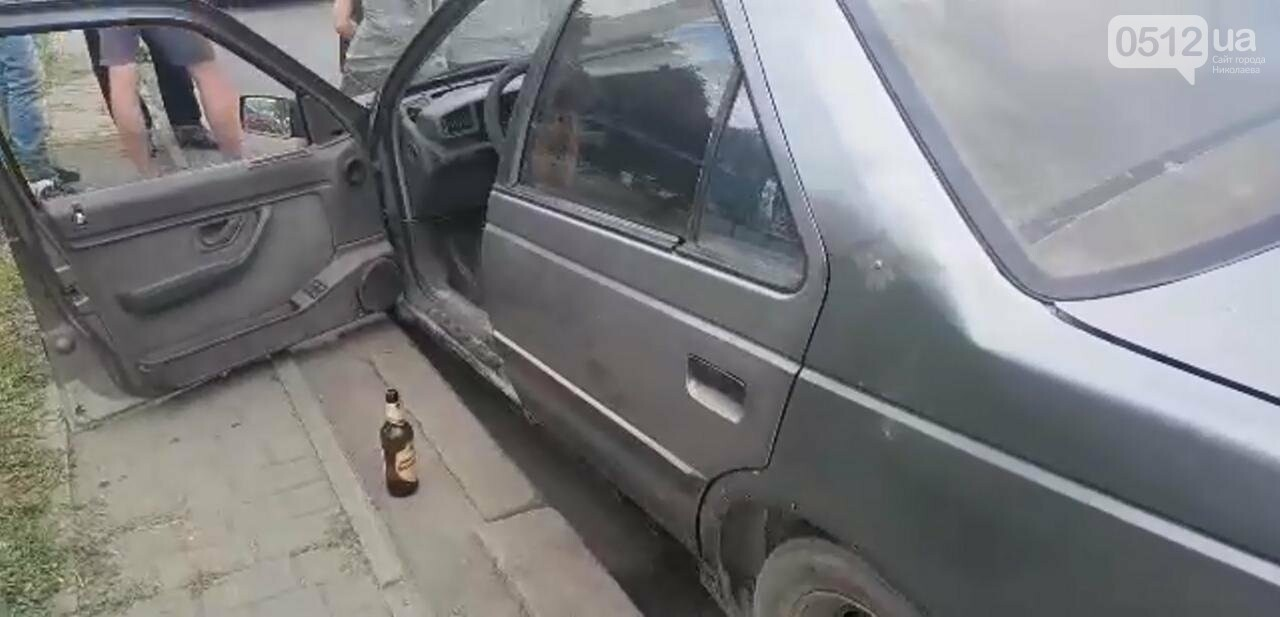 Водитель Peugeot, столкнувшийся в Николаеве напротив клуба, оказался пьян, - ФОТО, ВИДЕО, фото-1