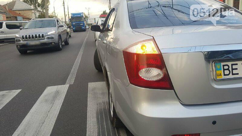 В Николаеве автомобиль на пешеходном переходе сбил девушку с ребенком, - ФОТО, фото-2