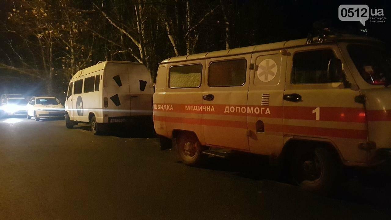 Ночью в Николаеве патрульные обнаружили мужчину в неадекватном состоянии, - ФОТО, ВИДЕО, фото-2
