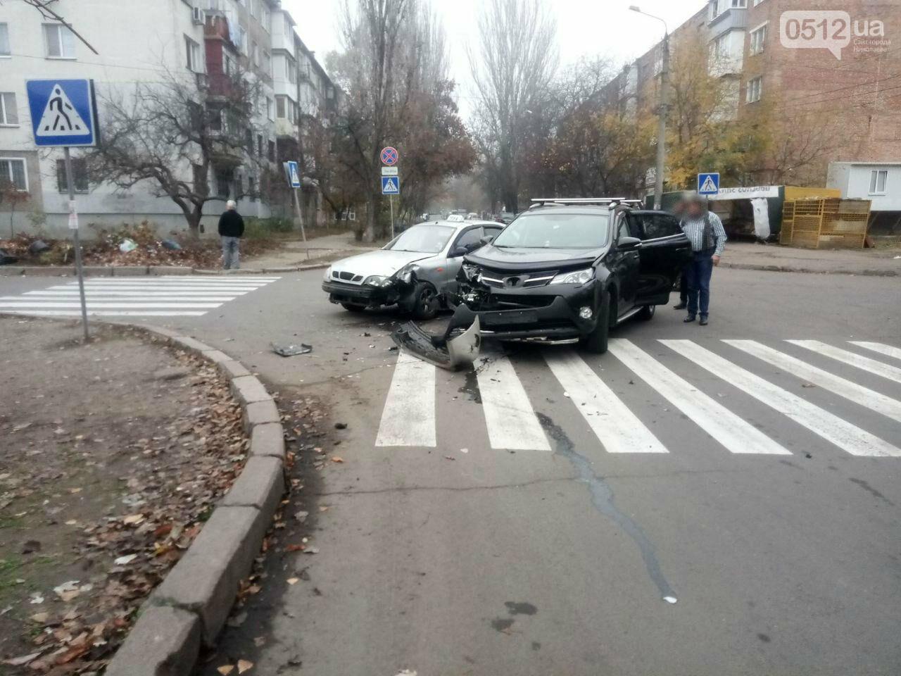 "В Николаеве столкнулись ""Toyota"" и ""Daewoo Lanos"", - ФОТО , фото-3"
