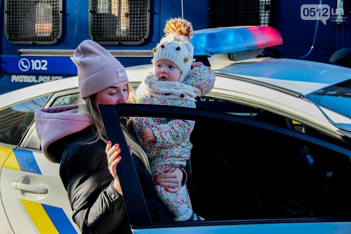 Николаевские патрульные традиционно отметили Рождество с горожанами, - ФОТОРЕПОРТАЖ, фото-9