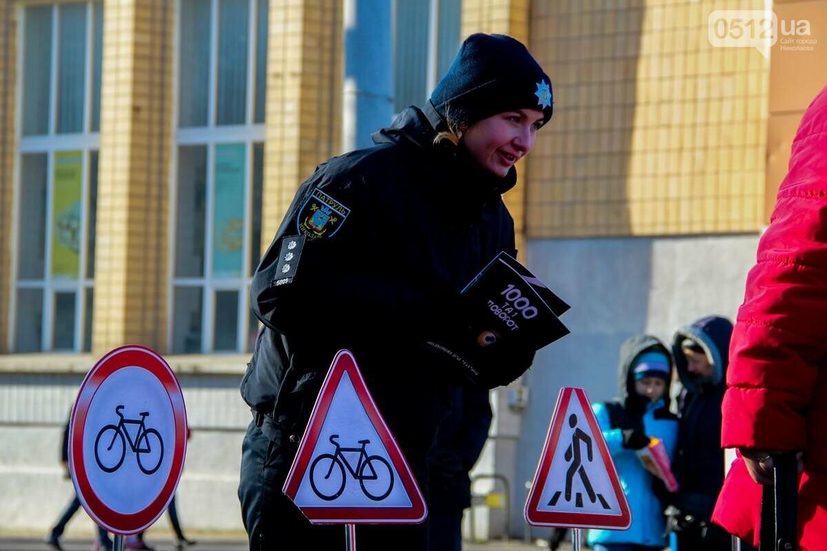Николаевские патрульные традиционно отметили Рождество с горожанами, - ФОТОРЕПОРТАЖ, фото-12