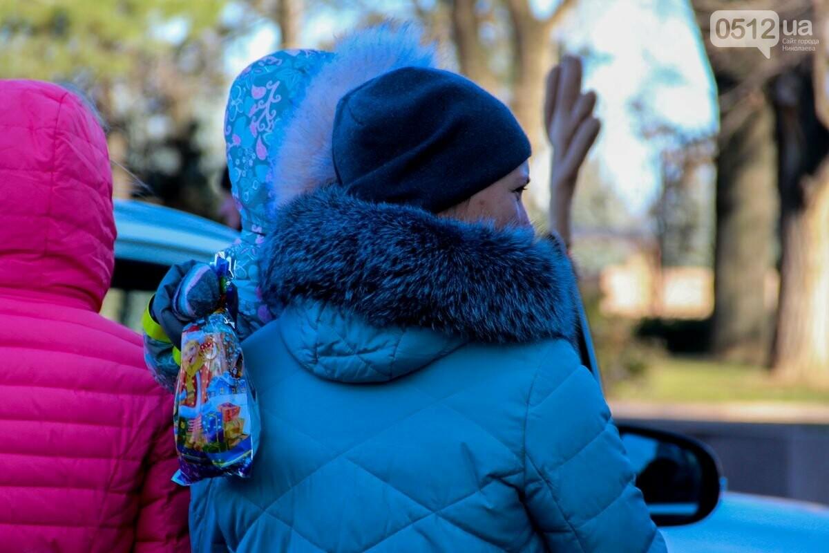 Николаевские патрульные традиционно отметили Рождество с горожанами, - ФОТОРЕПОРТАЖ, фото-23