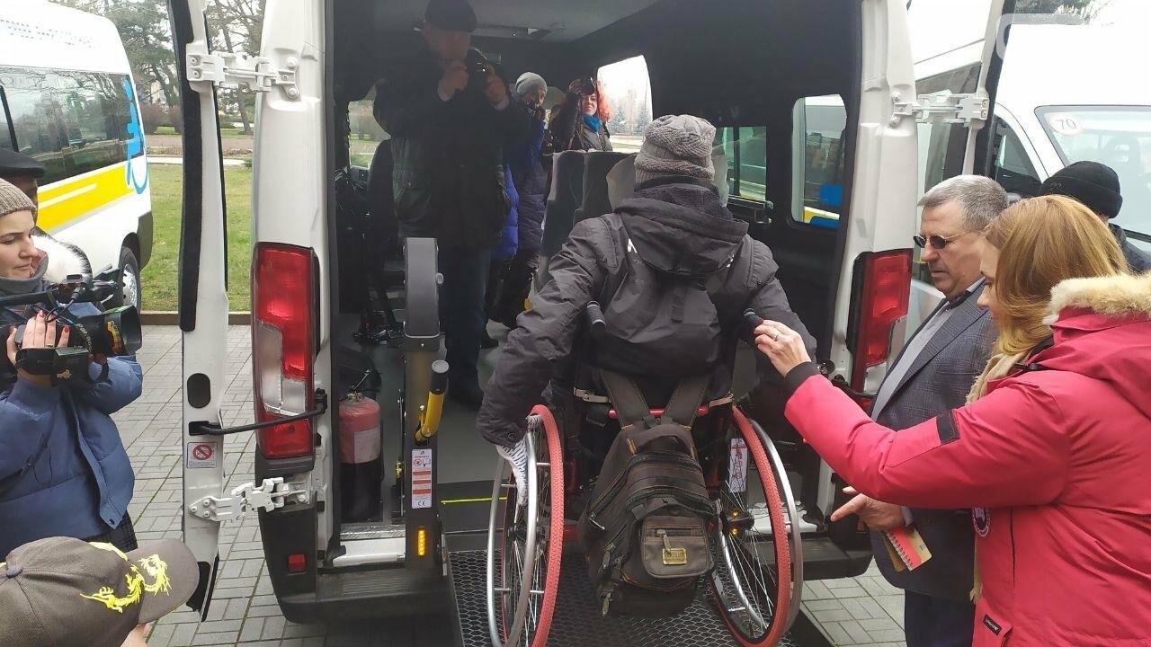 Четырем николаевским общинам передали спецавтомобили для людей с инвалидностью, - ФОТО, фото-8