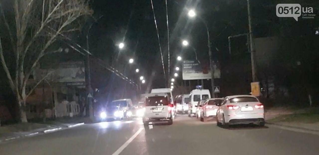 В Николаеве на Карпенко микроавтобус въехал в Opel, - ФОТО, фото-2