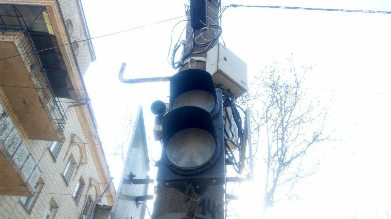 В центе Николаева не работают светофоры, - ФОТО, фото-1