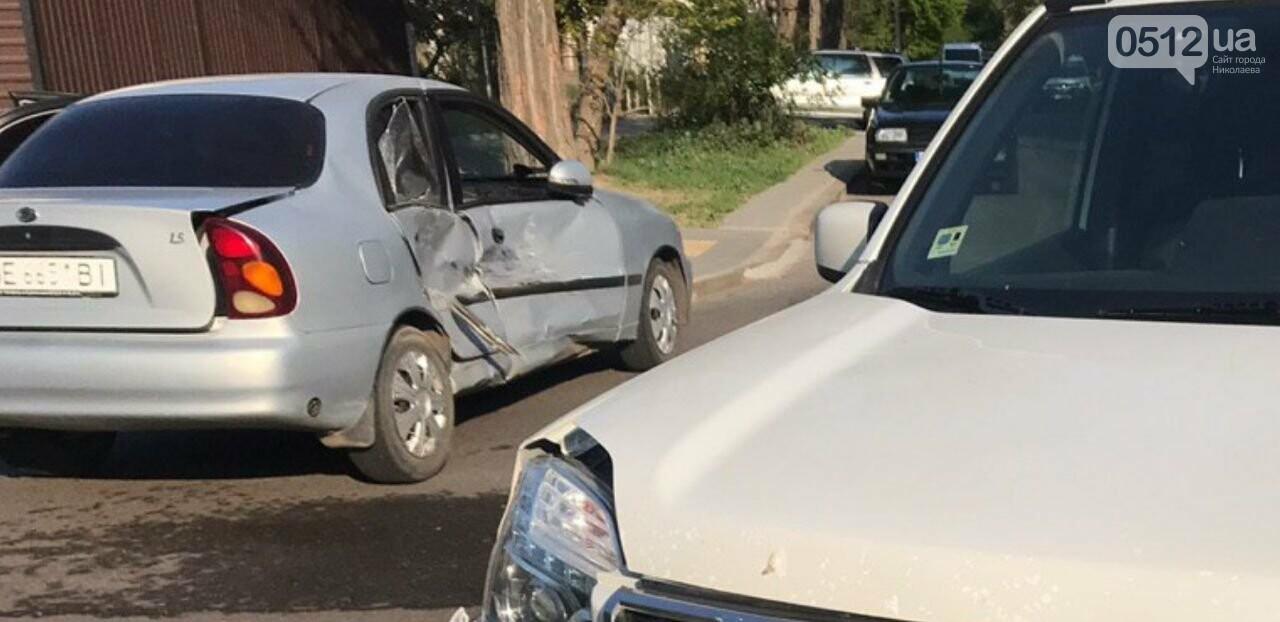 В Николаеве столкнулись две иномарки: есть пострадавшие, - ФОТО, фото-2