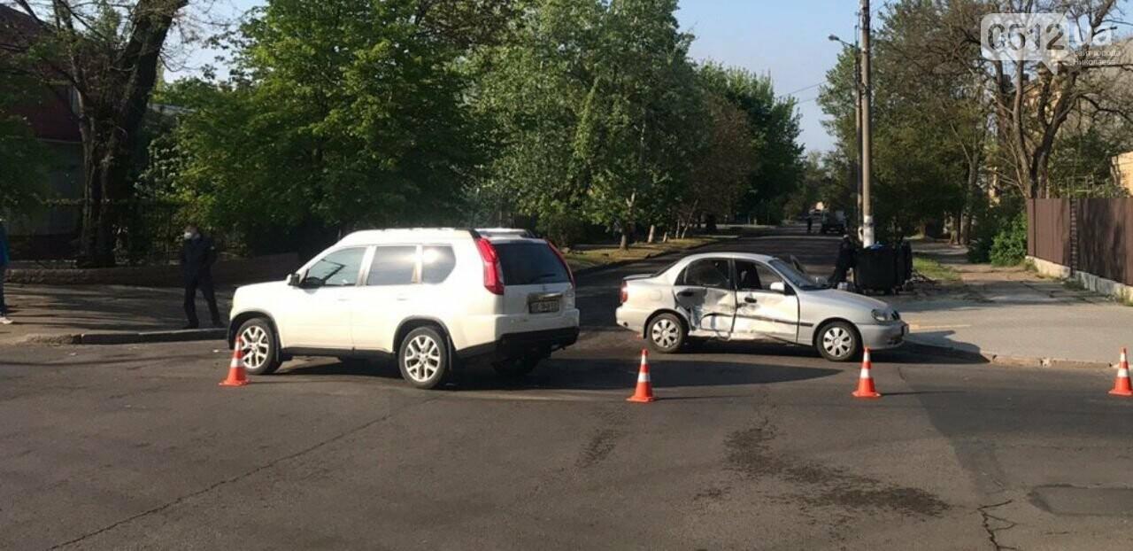 В Николаеве столкнулись две иномарки: есть пострадавшие, - ФОТО, фото-1