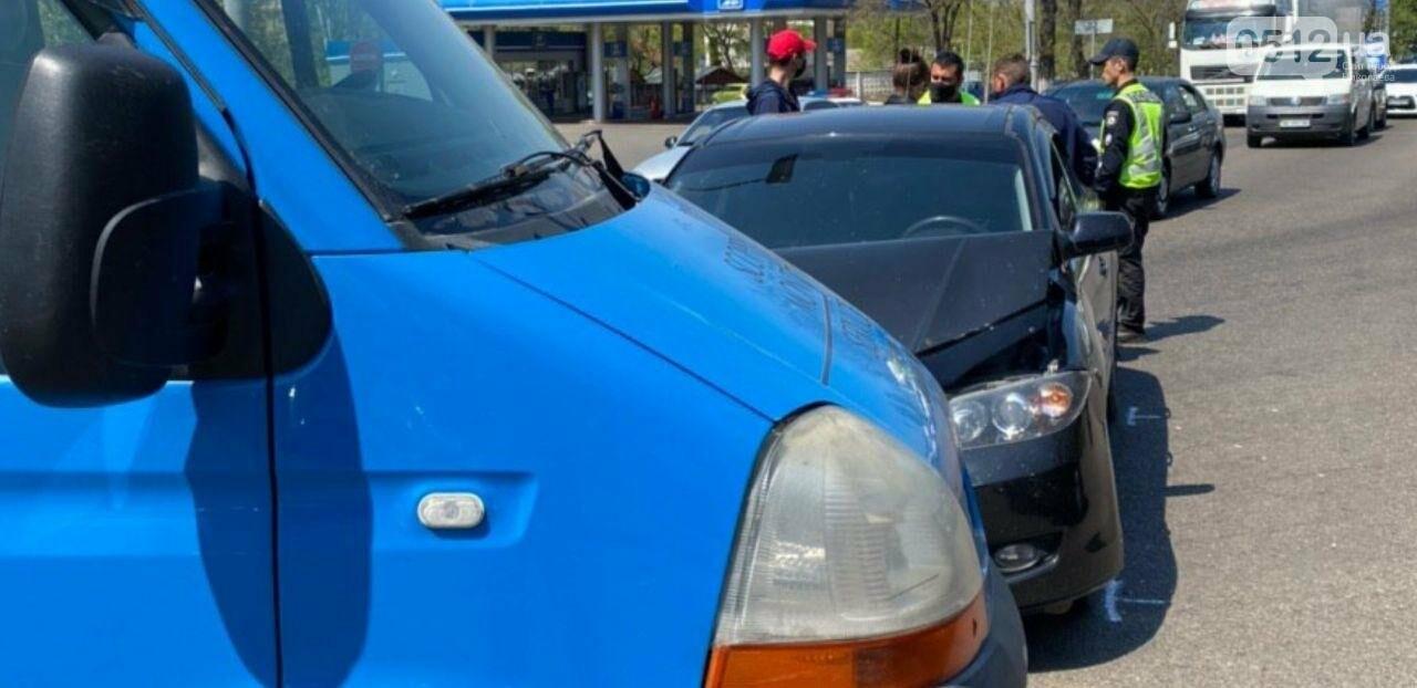 В Николаеве на проспекте Богоявленском столкнулись две иномарки, - ФОТО, фото-3