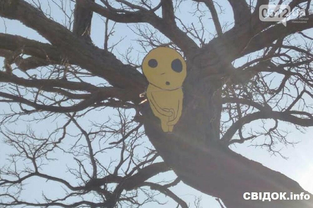 Духи леса: в Николаеве появились обереги против вырубки деревьев, фото-1