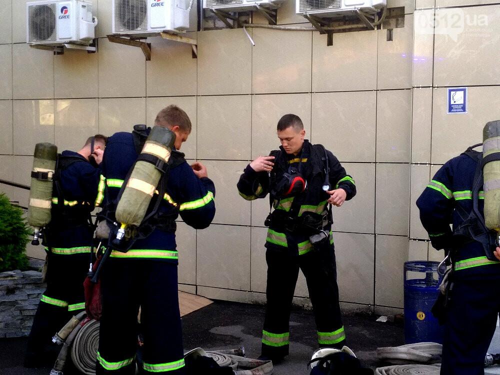 """""""Внимание! Пожар в """"Сити - Центре"""": николаевские спасатели провели тактико-специальные учения - ФОТОРЕПОРТАЖ, фото-10"""