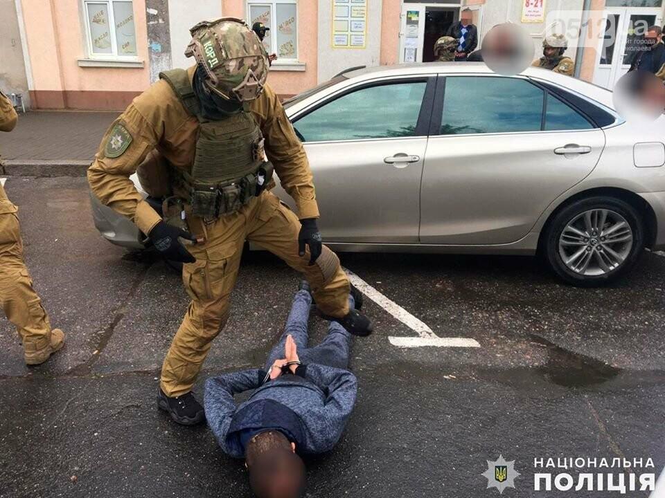 В Николаеве за вымогательство несуществующего долга задержали двух местных жителей, фото-2