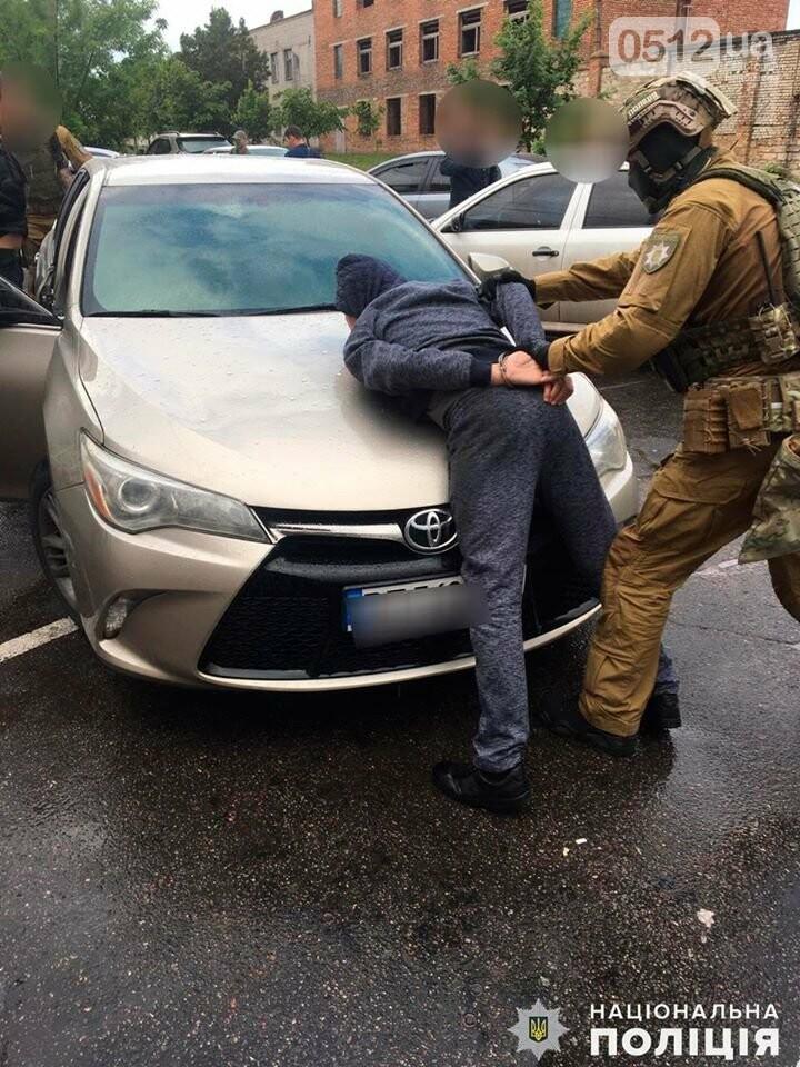 В Николаеве за вымогательство несуществующего долга задержали двух местных жителей, фото-4