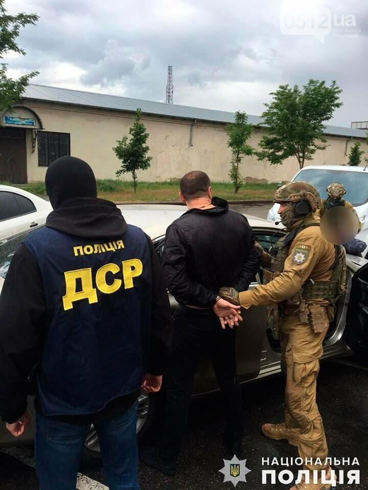 В Николаеве за вымогательство несуществующего долга задержали двух местных жителей, фото-6