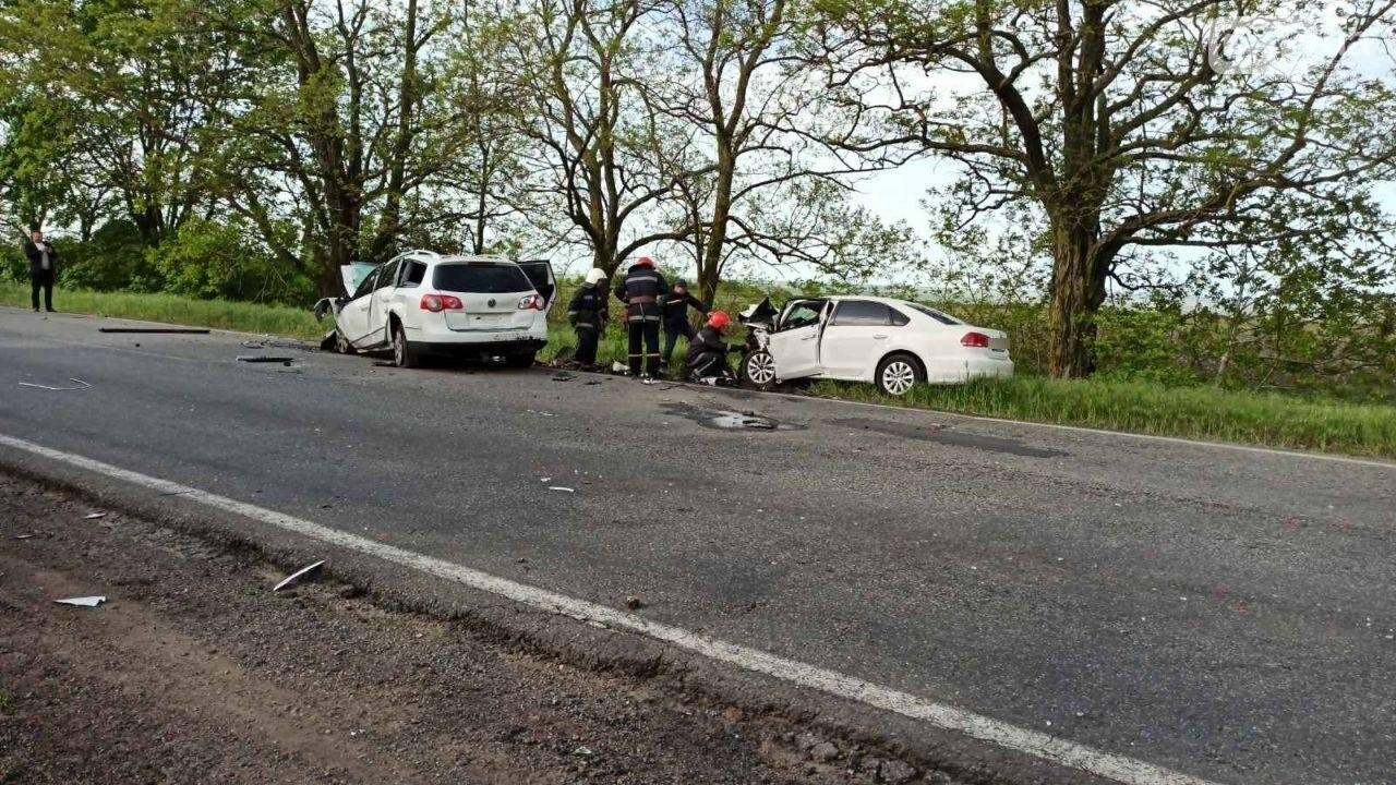 В аварии на Николаевщине погибло два человека, один пострадал, - ФОТО, фото-2