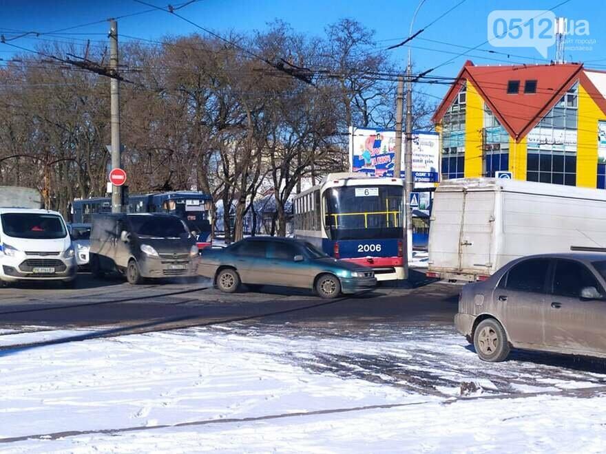 В центре Николаева осложнено движение
