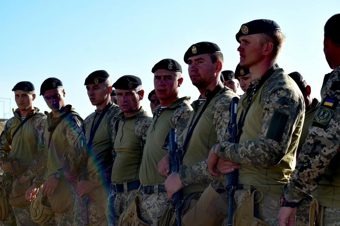 Николаевские морские пехотинцы на учениях в Грузии десантировались с АН-26 (ФОТО), фото-2