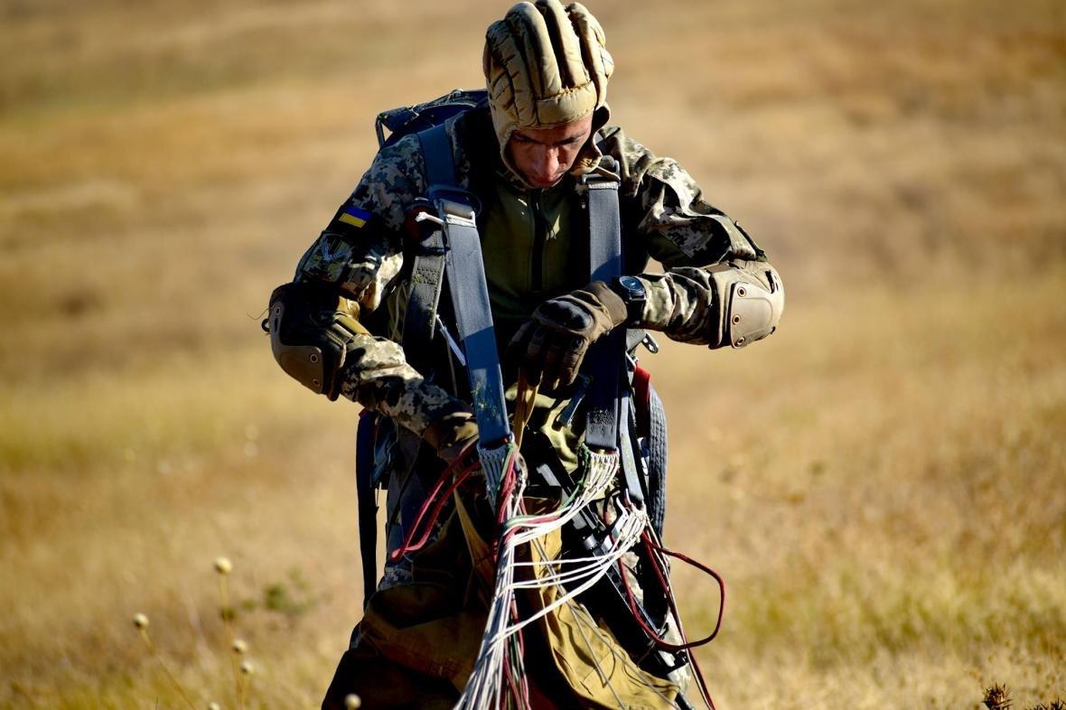 Николаевские морские пехотинцы на учениях в Грузии десантировались с АН-26 (ФОТО), фото-8