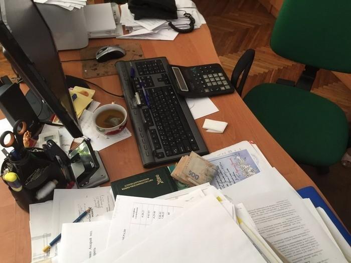 СБУ при получении взятки «с поличным» задержала вице-мэра на Николаевщине, - ФОТО, фото-2