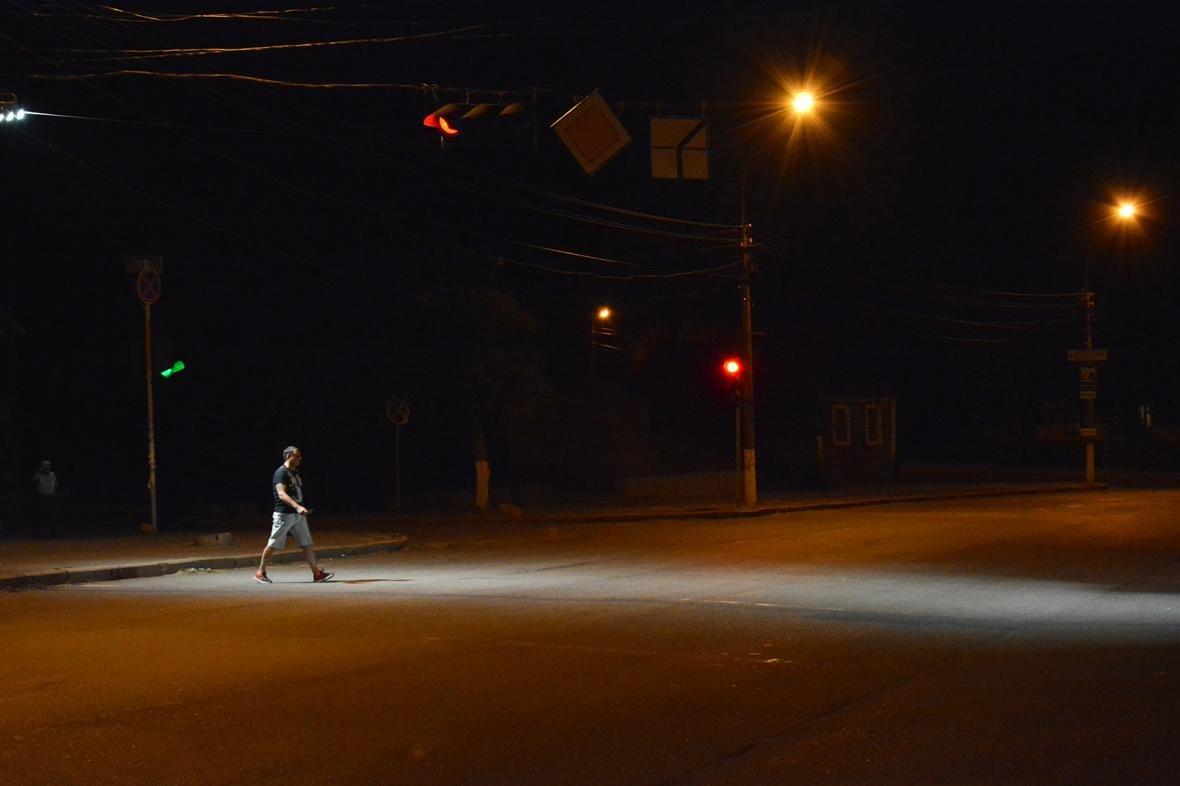 Безопасность pro-уровня: уже 37 опасных пешеходных переходов в Николаеве оборудованы LED-подсветкой, - ФОТО, фото-3