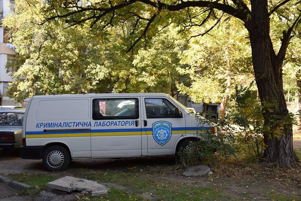 В Николаеве в собственной квартире убили пенсионерку: с ножом в шее ее тело обнаружила сестра, - ФОТО, фото-4