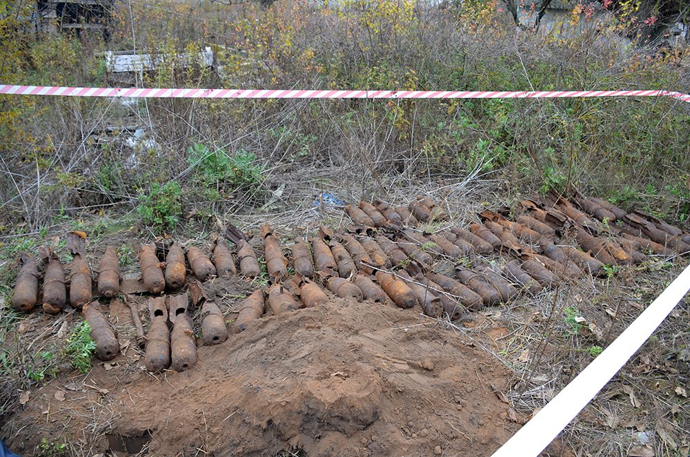В селе на Николаевщине случайно обнаружили 63 авиабомбы, - ФОТО, фото-3