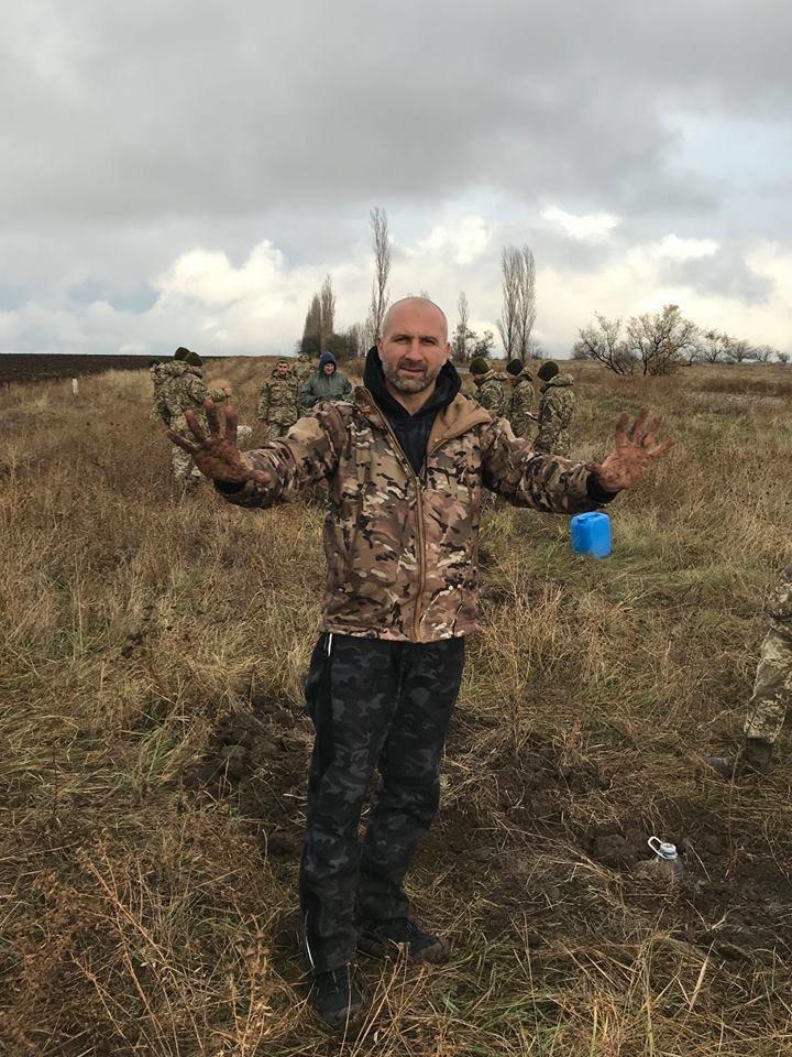 """""""Армия за экологию"""": бойцы 406-й бригады высадили около сорока деревьев в Николаеве, - ФОТО, фото-9"""