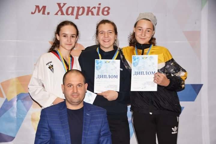 Воспитанники Николаевской ДЮСШ №2 завоевали 7 золотых медалей на клубном чемпионате Украины по тхэквондо (ФОТО), фото-1